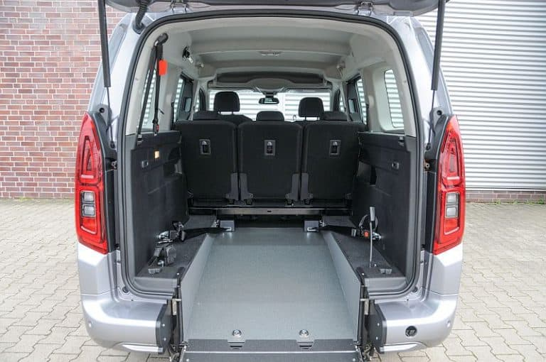AMF-Bruns Opel Combo L2 (2) klein